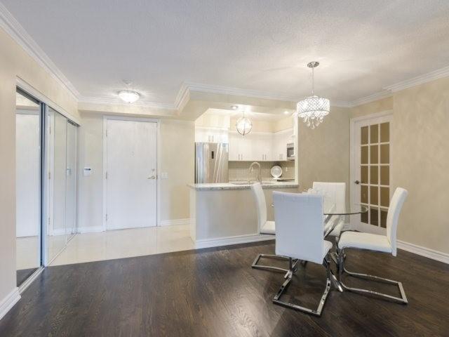 Condo Apartment at 35 Kingsbridge Garden Circ, Unit 212, Mississauga, Ontario. Image 16