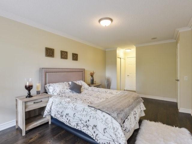 Condo Apartment at 35 Kingsbridge Garden Circ, Unit 212, Mississauga, Ontario. Image 19