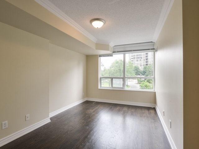 Condo Apartment at 35 Kingsbridge Garden Circ, Unit 212, Mississauga, Ontario. Image 3