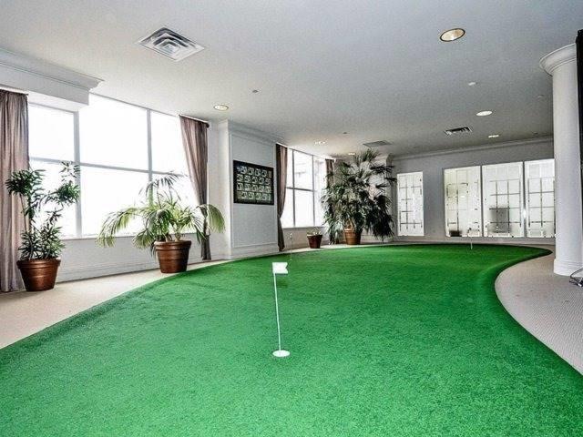 Condo Apartment at 35 Kingsbridge Garden Circ, Unit 212, Mississauga, Ontario. Image 10