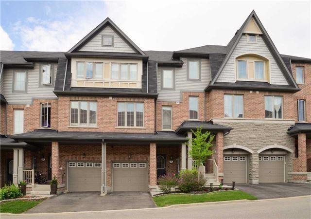 Condo Townhouse at 8 Bergamont Rd, Brampton, Ontario. Image 12