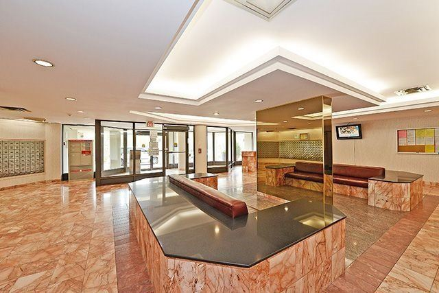 Condo Apartment at 5 Rowntree Rd, Unit 203, Toronto, Ontario. Image 12