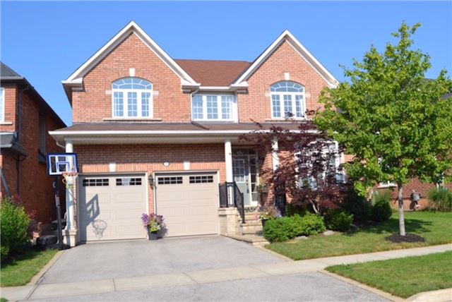 Detached at 2272 Falling Green Dr, Oakville, Ontario. Image 1