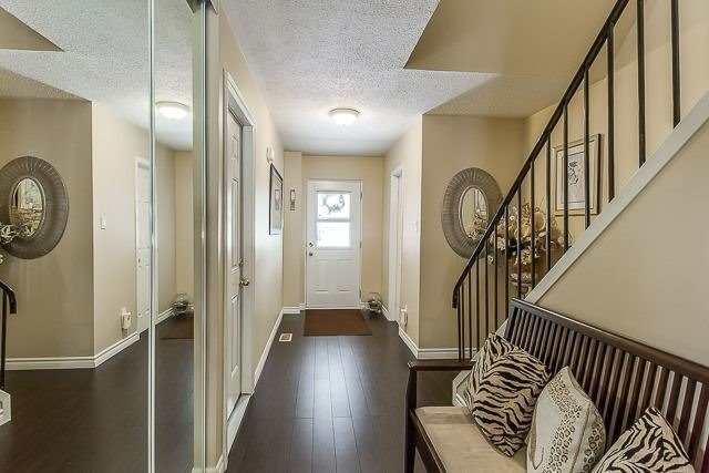 Condo Townhouse at 2670 Battleford Rd, Unit 55, Mississauga, Ontario. Image 11