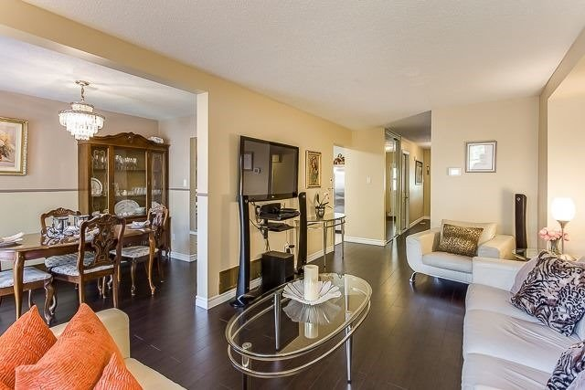 Condo Townhouse at 2670 Battleford Rd, Unit 55, Mississauga, Ontario. Image 14
