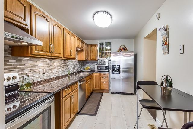 Condo Townhouse at 2670 Battleford Rd, Unit 55, Mississauga, Ontario. Image 15