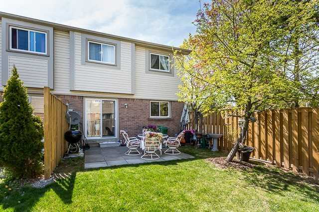 Condo Townhouse at 2670 Battleford Rd, Unit 55, Mississauga, Ontario. Image 10