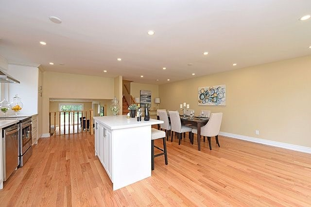 Semi-detached at 1774 Pagehurst Ave, Mississauga, Ontario. Image 20