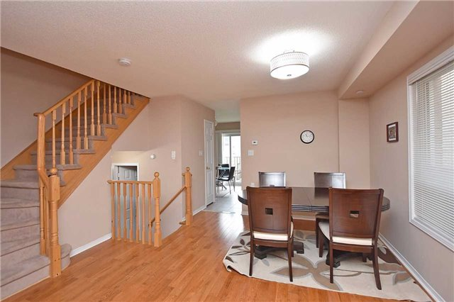 Semi-detached at 7178 Para Pl W, Mississauga, Ontario. Image 14