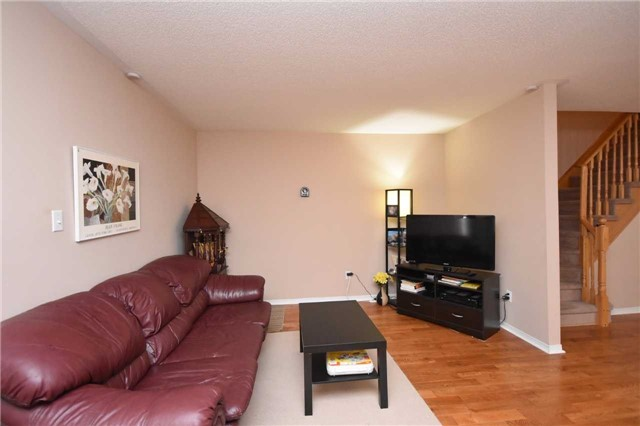 Semi-detached at 7178 Para Pl W, Mississauga, Ontario. Image 15