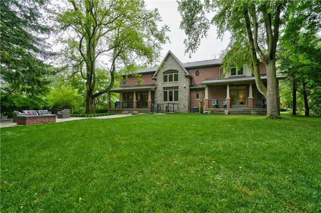 Detached at 1609 Crediton Pkwy, Mississauga, Ontario. Image 8