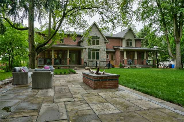 Detached at 1609 Crediton Pkwy, Mississauga, Ontario. Image 9