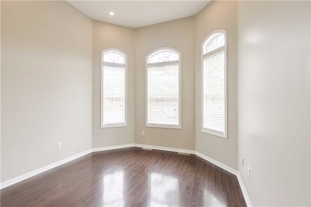 Detached at 1186 Barr Cres, Milton, Ontario. Image 12
