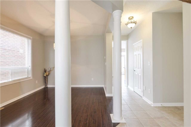 Detached at 1186 Barr Cres, Milton, Ontario. Image 14