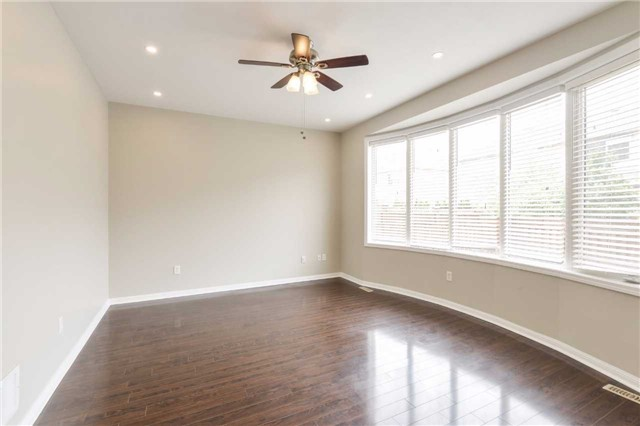 Detached at 1186 Barr Cres, Milton, Ontario. Image 15