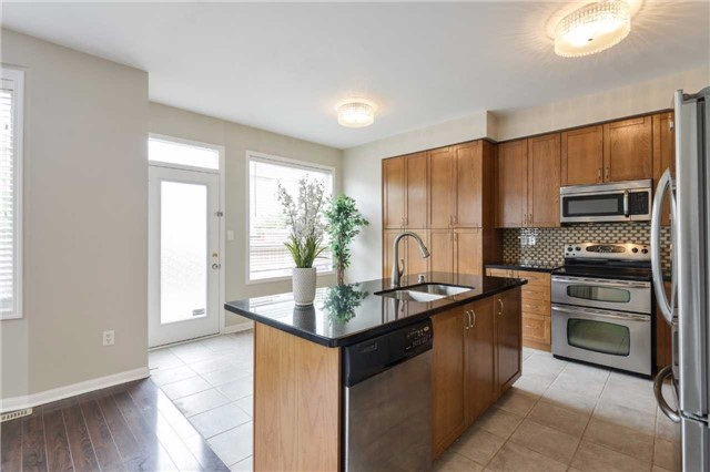 Detached at 1186 Barr Cres, Milton, Ontario. Image 17