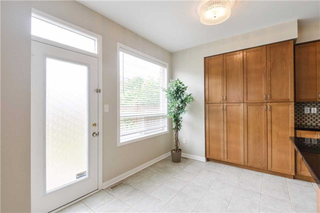 Detached at 1186 Barr Cres, Milton, Ontario. Image 19