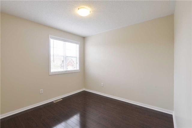 Detached at 1186 Barr Cres, Milton, Ontario. Image 5