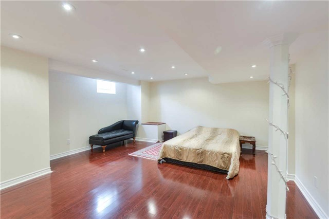 Detached at 1186 Barr Cres, Milton, Ontario. Image 10