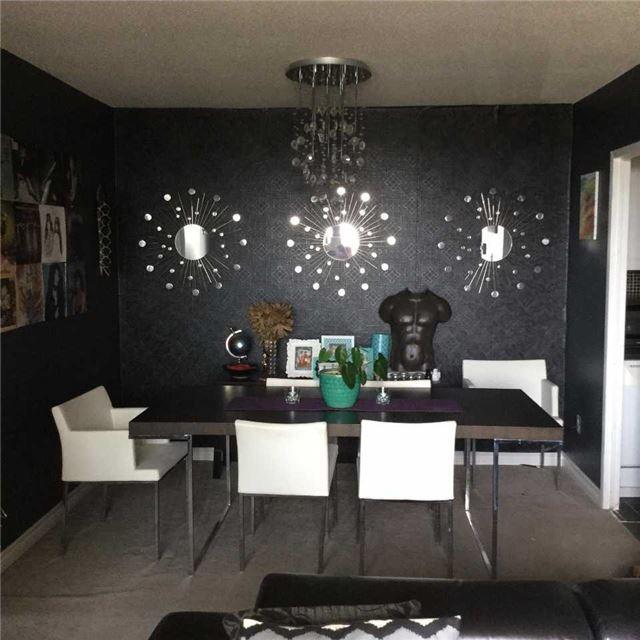 Condo Apartment at 3025 Queen Frederica Dr, Unit 904, Mississauga, Ontario. Image 2