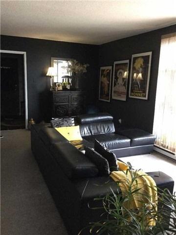 Condo Apartment at 3025 Queen Frederica Dr, Unit 904, Mississauga, Ontario. Image 3