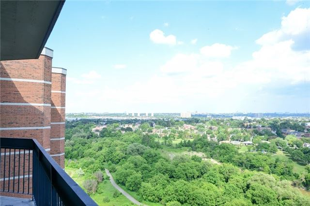 Condo Apartment at 236 Albion Rd, Unit 2003, Toronto, Ontario. Image 11