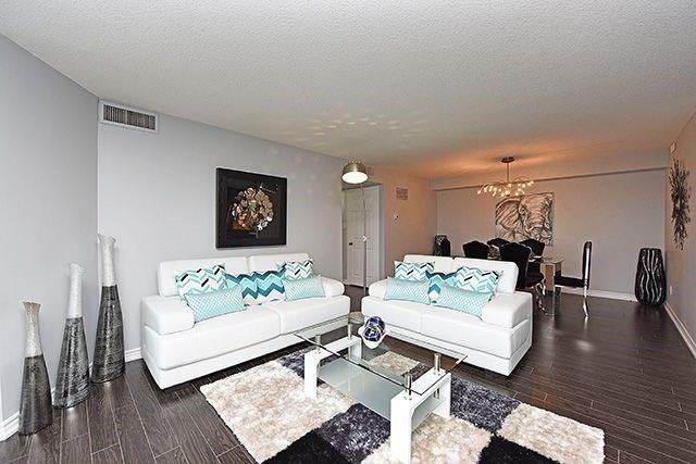 Condo Apartment at 1230 Marlborough Crt, Unit #1010, Oakville, Ontario. Image 18