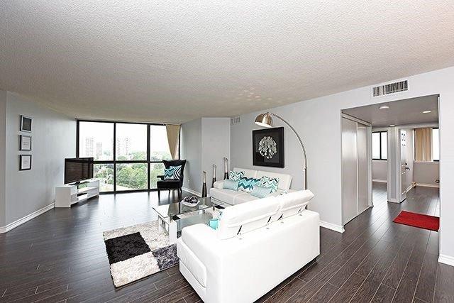 Condo Apartment at 1230 Marlborough Crt, Unit #1010, Oakville, Ontario. Image 19