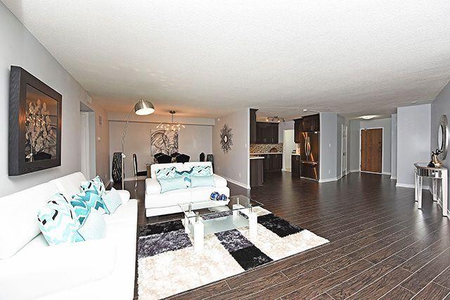 Condo Apartment at 1230 Marlborough Crt, Unit #1010, Oakville, Ontario. Image 6
