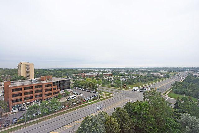 Condo Apartment at 1230 Marlborough Crt, Unit #1010, Oakville, Ontario. Image 13