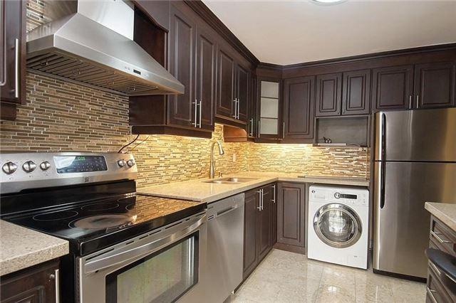 Condo Apartment at 11 Wincott Dr, Unit 105, Toronto, Ontario. Image 17