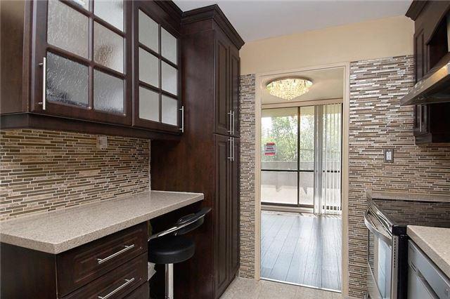 Condo Apartment at 11 Wincott Dr, Unit 105, Toronto, Ontario. Image 18
