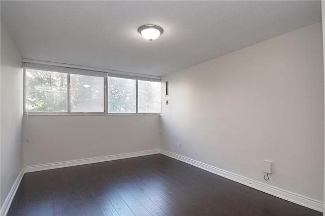 Condo Apartment at 11 Wincott Dr, Unit 105, Toronto, Ontario. Image 3