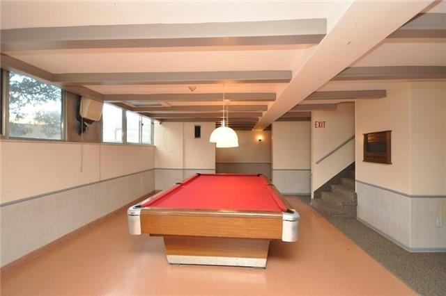 Condo Apartment at 11 Wincott Dr, Unit 105, Toronto, Ontario. Image 6