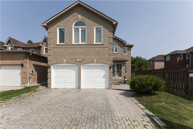 Detached at 1384 Willowvale Gdns, Mississauga, Ontario. Image 1