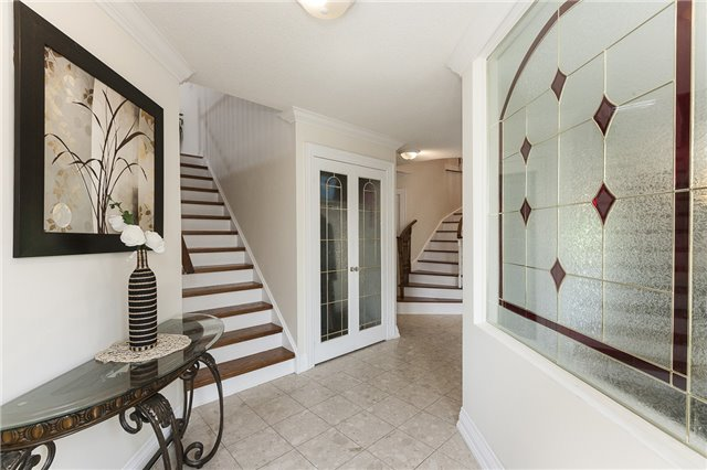 Detached at 1384 Willowvale Gdns, Mississauga, Ontario. Image 15