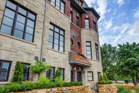 Townhouse at 2184 Trafalgar Rd, Unit 34, Oakville, Ontario. Image 12