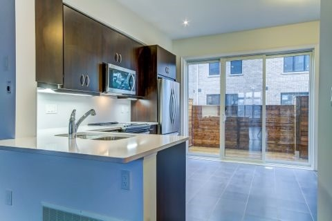 Townhouse at 2184 Trafalgar Rd, Unit 34, Oakville, Ontario. Image 20