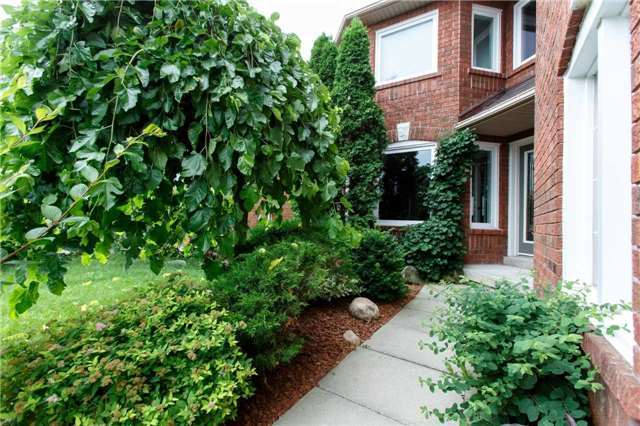Detached at 5578 Loonlake Ave, Mississauga, Ontario. Image 12