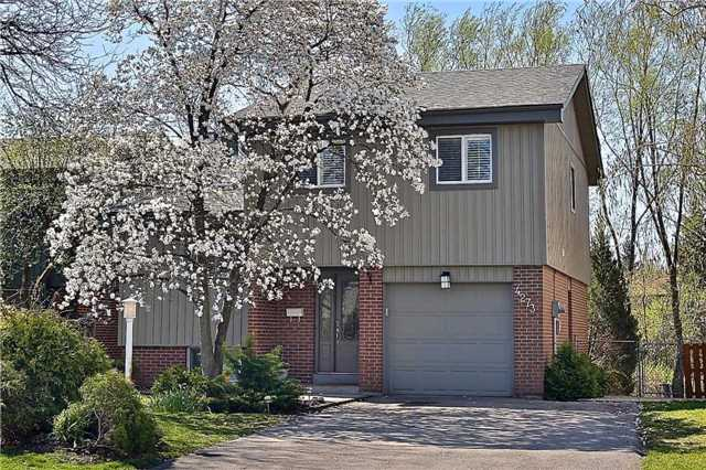 Detached at 4273 Jefton Cres, Mississauga, Ontario. Image 12