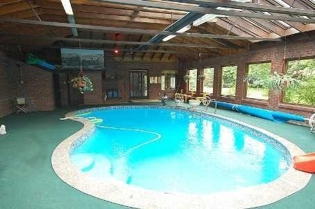 Detached at 15851 Centreville Creek Rd, Caledon, Ontario. Image 7