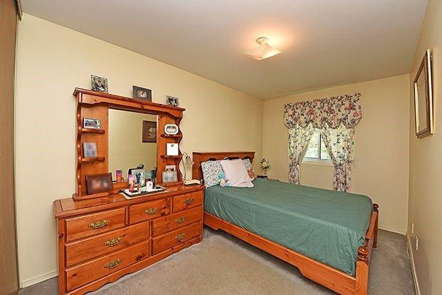 Condo Townhouse at 7560 Goreway Dr, Unit #36, Mississauga, Ontario. Image 9