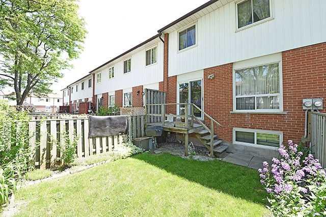 Condo Townhouse at 7560 Goreway Dr, Unit #36, Mississauga, Ontario. Image 13