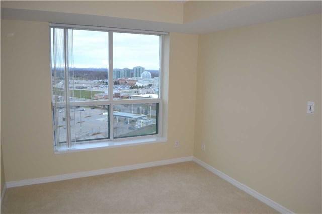 Condo Apartment at 4889 Kimbermount Ave S, Unit 1611, Mississauga, Ontario. Image 15