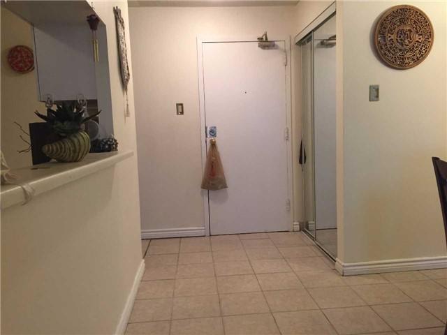 Condo Apartment at 35 Trailwood Dr, Unit 2117, Mississauga, Ontario. Image 13