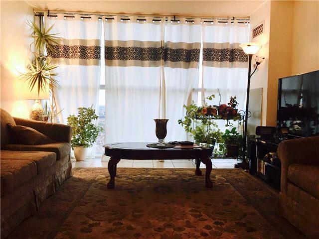 Condo Apartment at 35 Trailwood Dr, Unit 2117, Mississauga, Ontario. Image 14