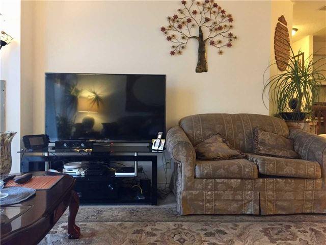 Condo Apartment at 35 Trailwood Dr, Unit 2117, Mississauga, Ontario. Image 19