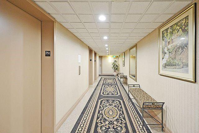 Condo Apartment at 3605 Kariya Dr, Unit Ph1, Mississauga, Ontario. Image 14