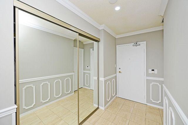Condo Apartment at 3605 Kariya Dr, Unit Ph1, Mississauga, Ontario. Image 15