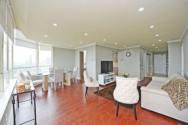 Condo Apartment at 3605 Kariya Dr, Unit Ph1, Mississauga, Ontario. Image 17